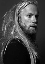 Wydarzenie: Högni Egilsson (Gus Gus, Hjaltalin) / support Further Away